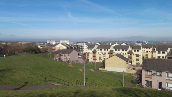 Sunny Wester Hailes Clovenstone Hill