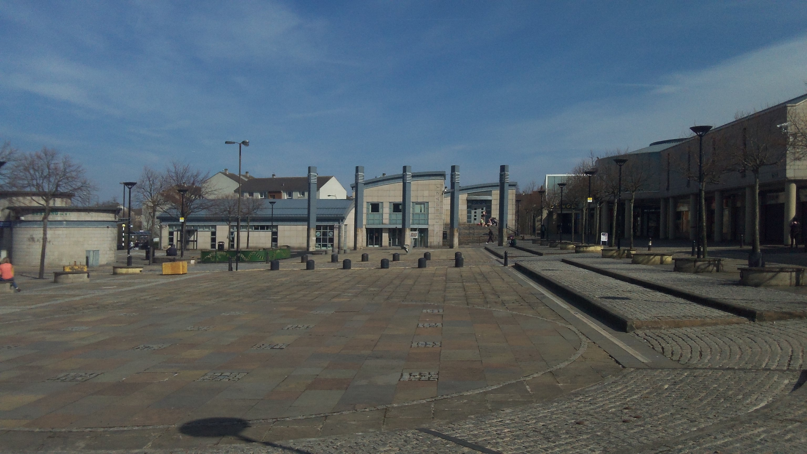 West Side Plaza Sunny Wester Hailes