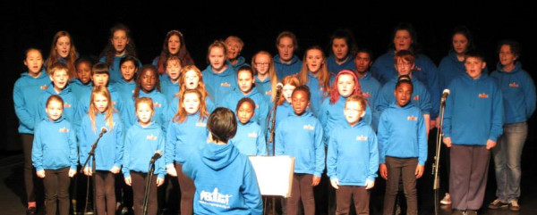 The choir at BIG sing-a-long at the Fringe