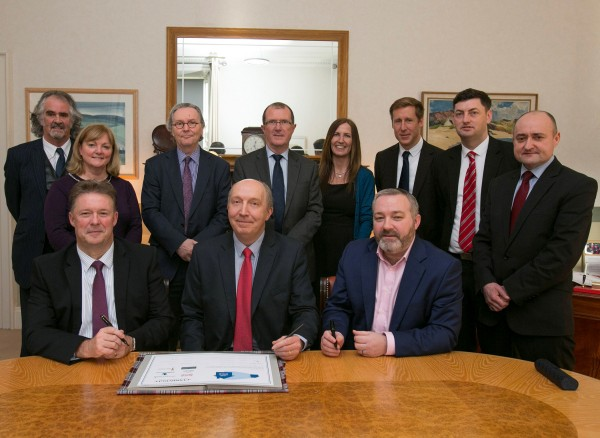 Pictured are the Housing Association representatives with Housing Leader Councillor Cammy Day, Health, Social Care and Housing Convener, Councillor Ricky Henderson, the City of Edinburgh Council Chief Executive Andrew Kerr, Council Leader Councillor Andrew Burns, Deputy Leader Councillor Sandy Howat.